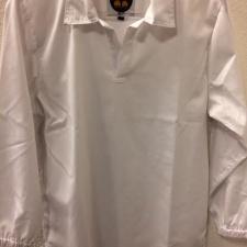 camisola blanca con solapa y puño elastico